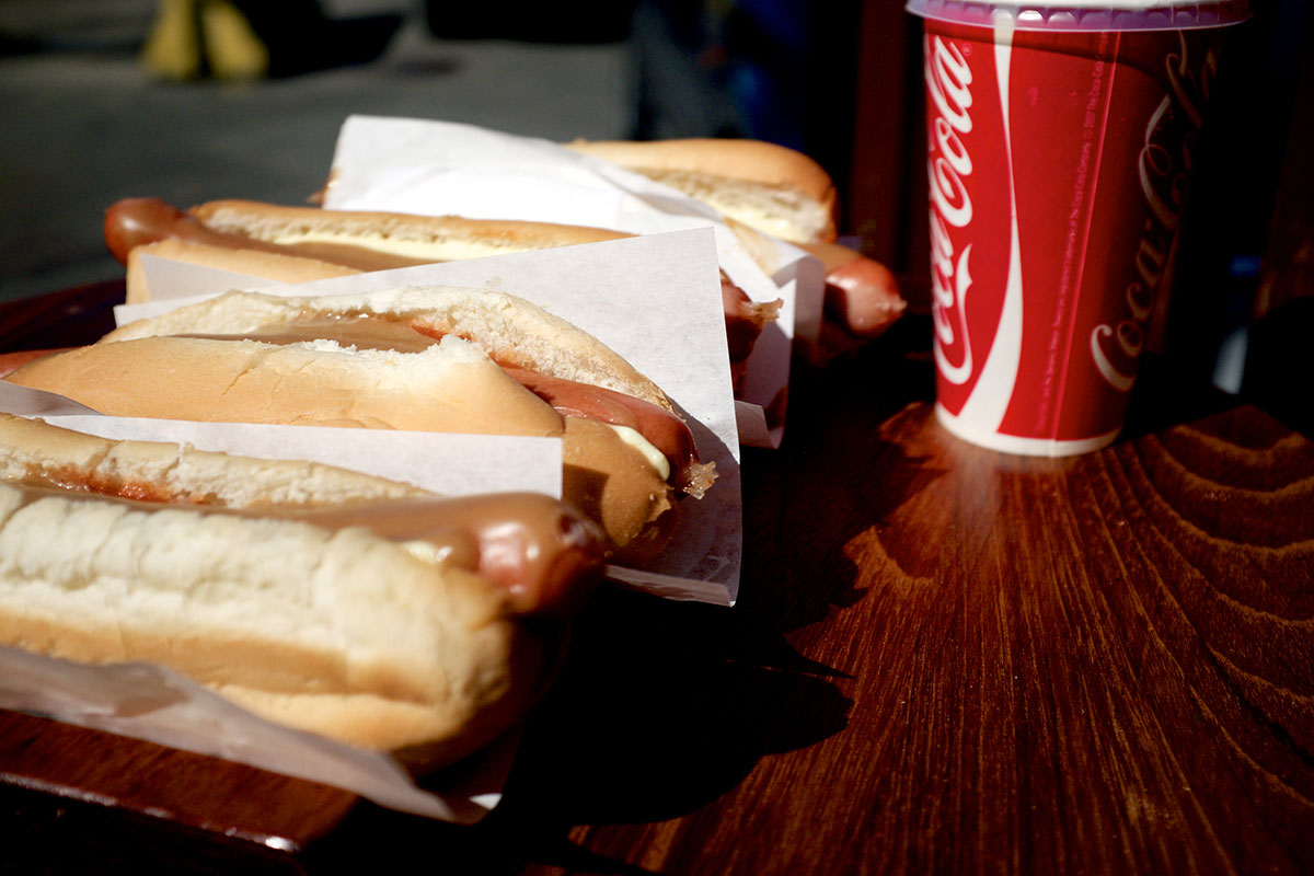 Un pylsur, le hot-dog islandais