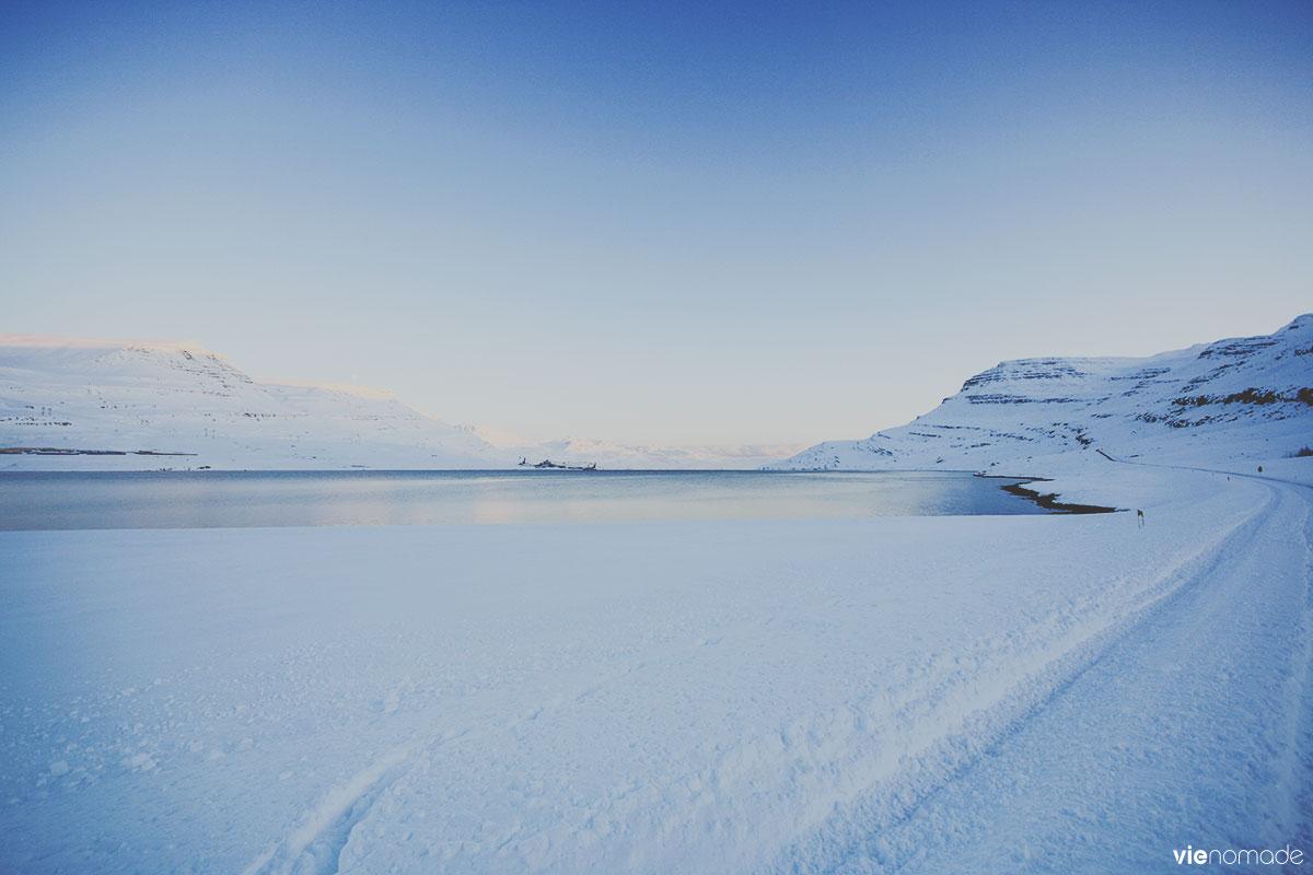 Fjords de l'est en Islande, en hiver