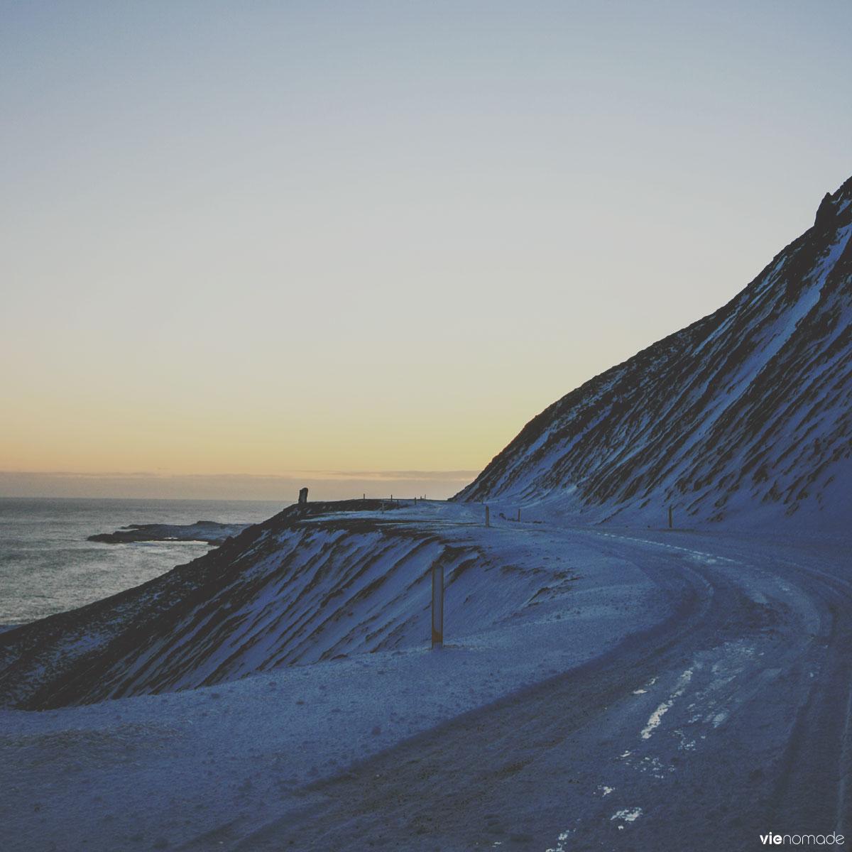 Route en Islande, en hiver