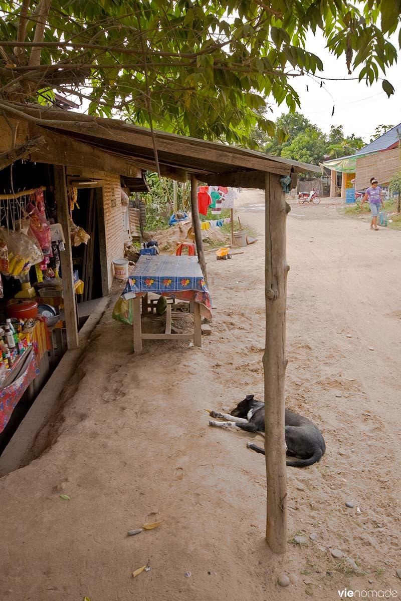 Village au Laos, près de Vientiane
