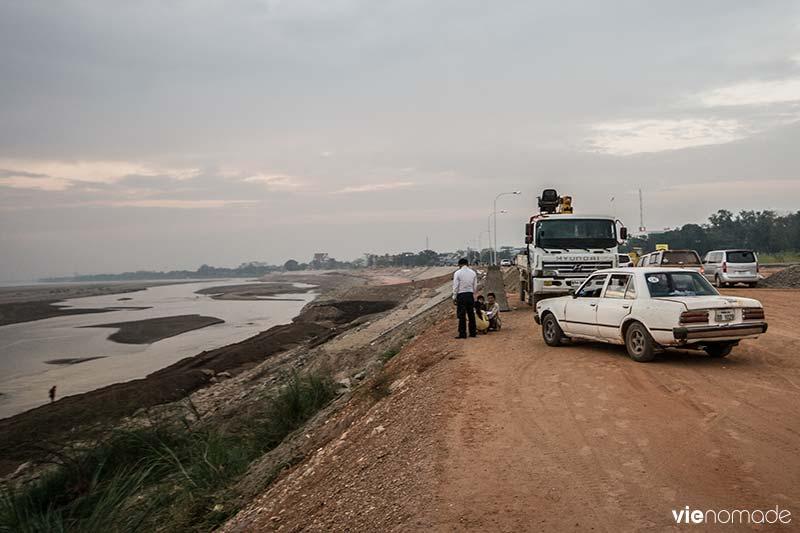 Au bord du Mékong à Vientiane