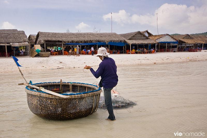 Pêcheur de crabes à Phu Quoc