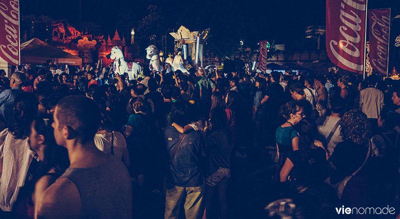 Loi krathong à Chiang Mai, Thaïlande