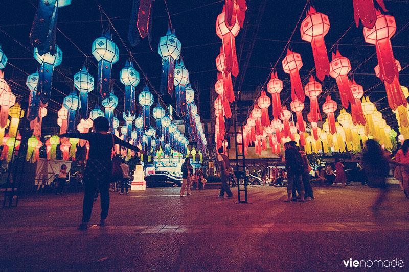 Festival Yi Peng, Chiang Mai. Thaïllande