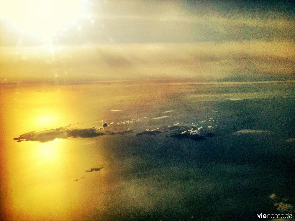 Dans l'avion vers le Japon
