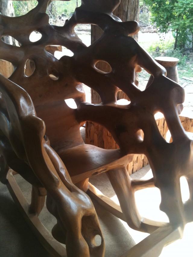 Chaise artisanale à Den Chai