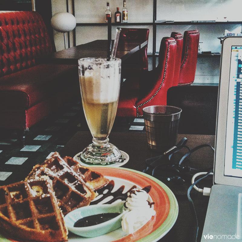 Travailler dans les cafés