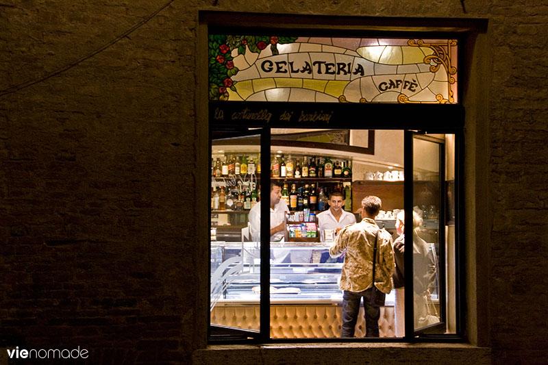 Gelateria, glaces à Sienne, Italie