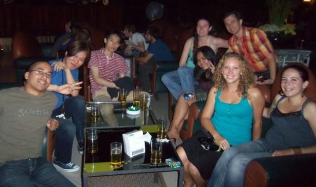Rencontre hebdomadaire de couchsurfers à Chang Mai, Thaïlande