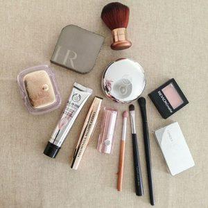 Trousse de maquillage idéale pour le voyage