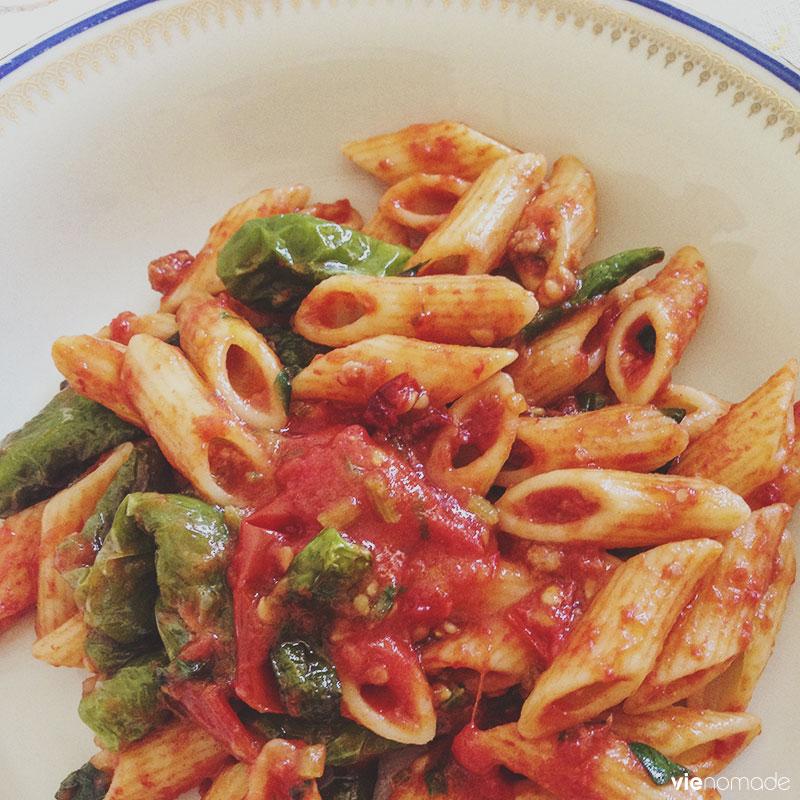 Pâtes sauce tomate et poivrons