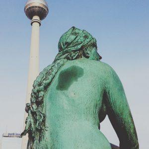 Entrer au Berghain, à Berlin