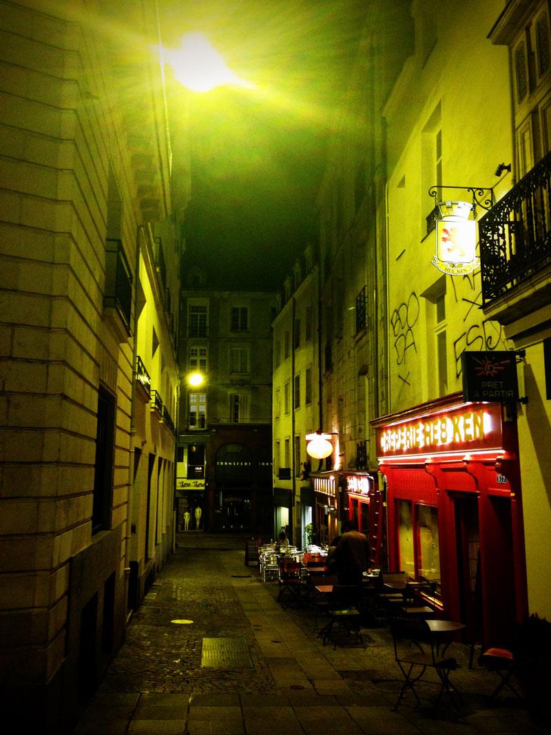 Nantes la nuit, crêperies
