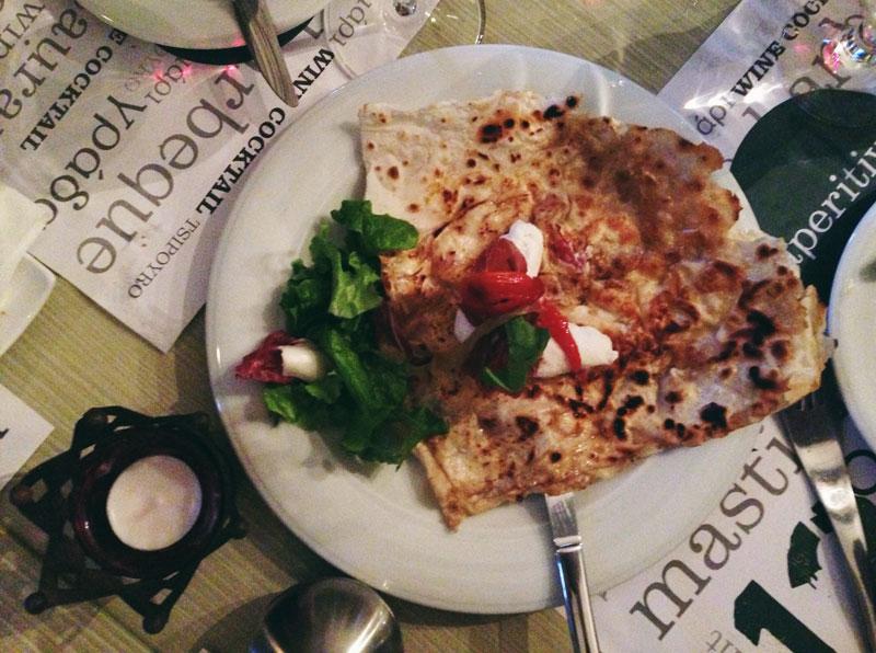 Manger en Macédoine: perek