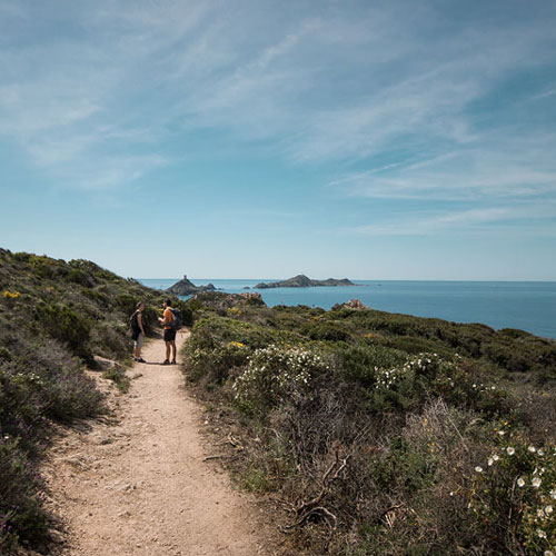 Corse: Randonnée sur le Sentier des Douaniers