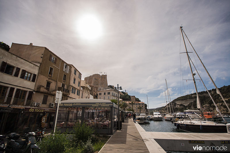 Promenade du port de Bonifacio, Corse