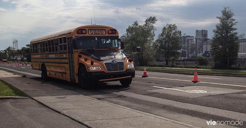 Bus d'écoliers à Montréal