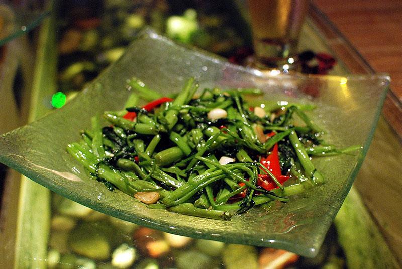 Liserons d'eau sautés, cuisine thaïlandaise