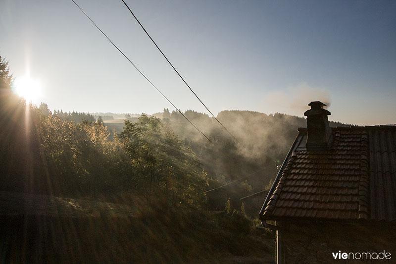 Route en Auvergne: Pradeaux