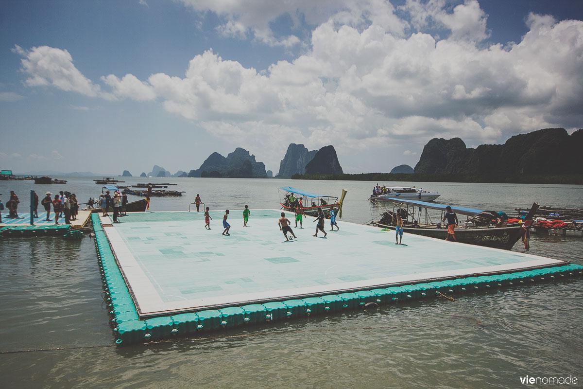 Le terrain de foot de Koh Panyi