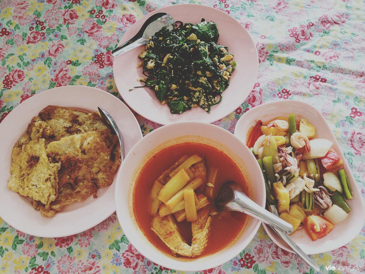 Repas thaïlandais typique