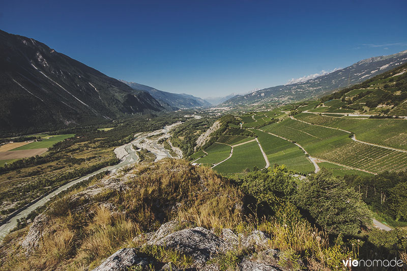 Vallée du Rhône, vue de Varonne dans le Haut-Valais, Suisse