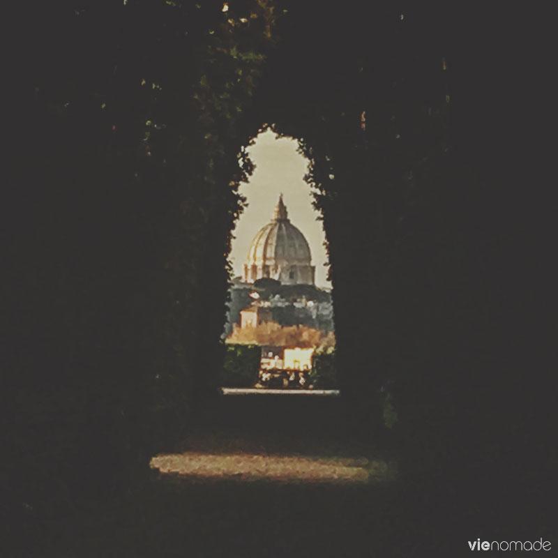 Le dôme de Saint-Pierre à travers la serrure