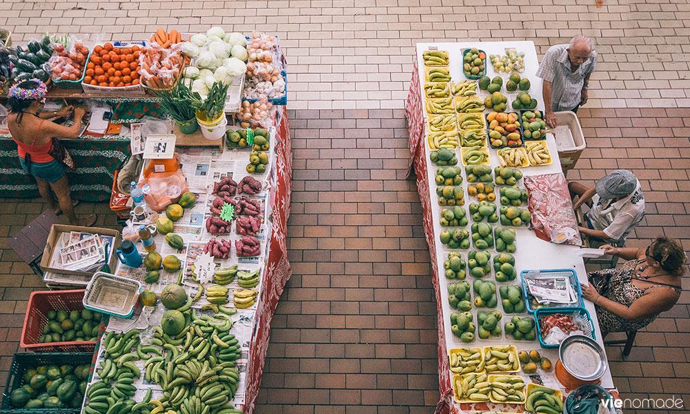 Fruits et légumes frais au marché de Papeete