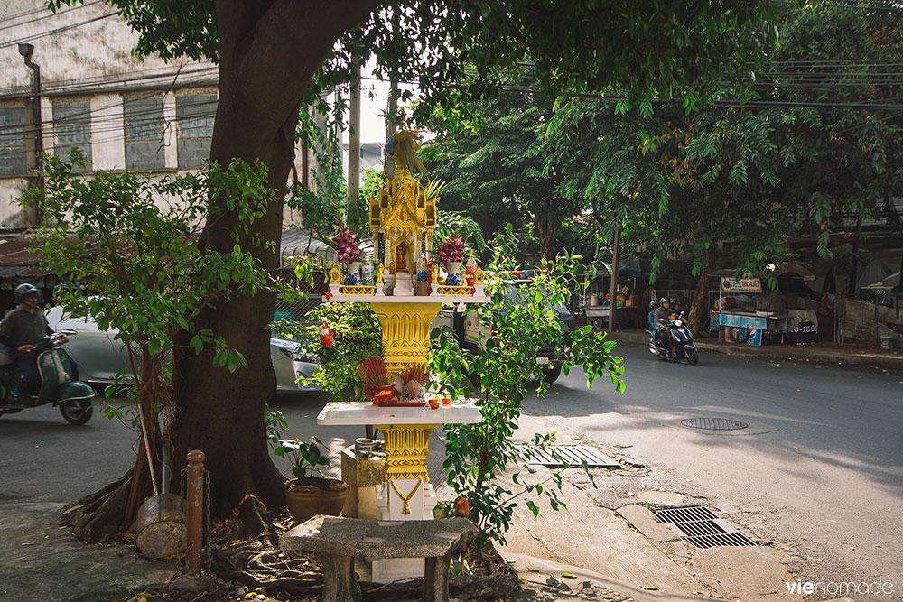 Songwad, la rue des artisans à Bangkok