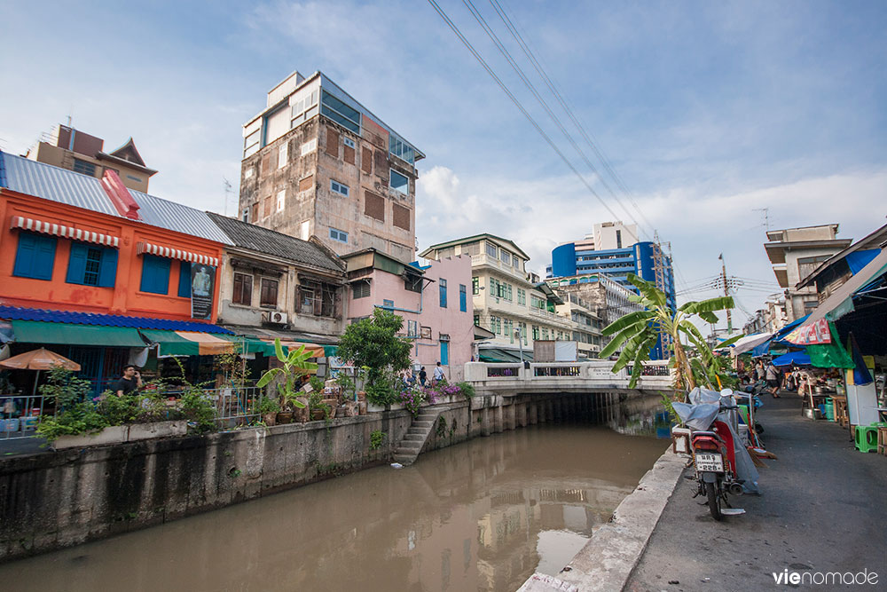 Le canal qui sépare Chinatown de Little India