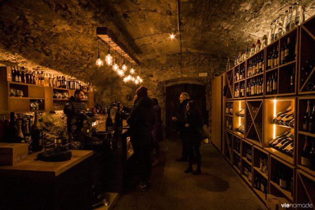 Manger dans un crotto (ou grotto) à Chiavenna, Lombardie