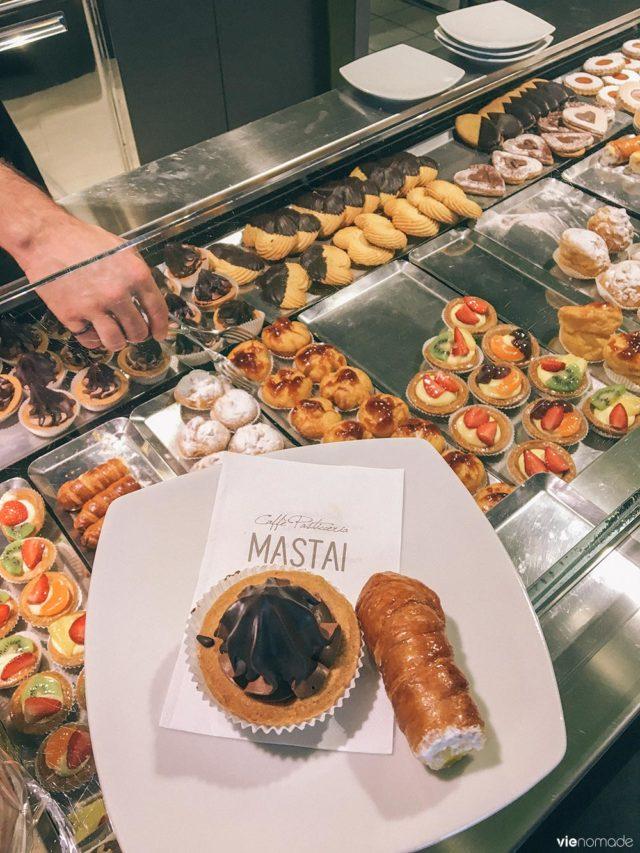 Pâtisseries typiques d'Italie et de Valtellina, à Chiavenna