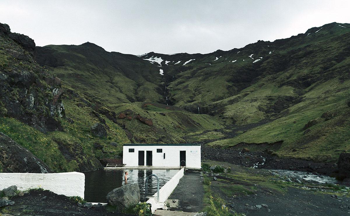 Seljavallalaug, sources d'eau chaude en Islande