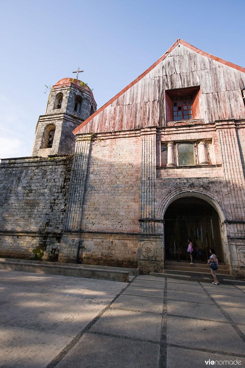 L'église Saint Isidro de Lazi