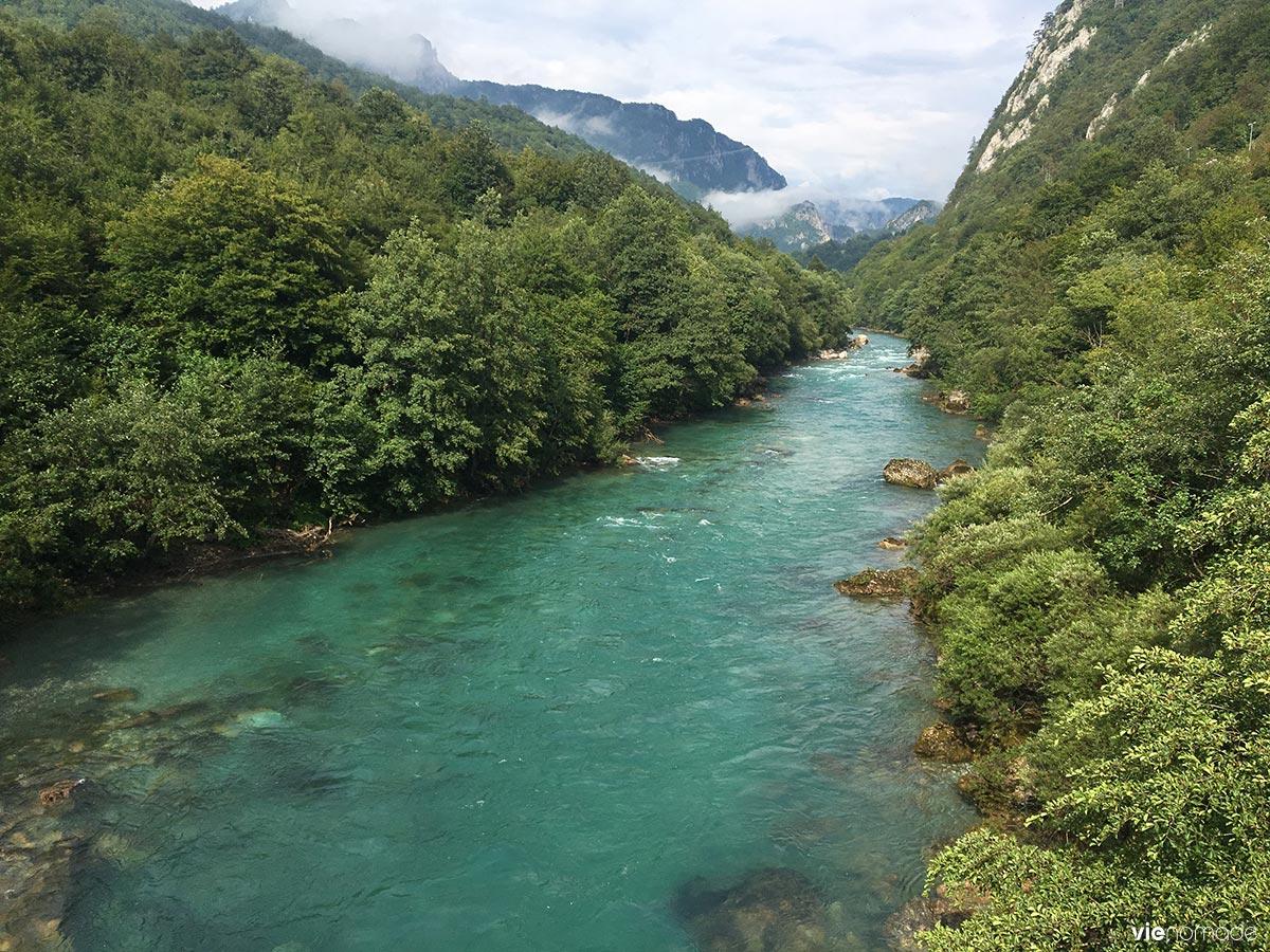 Rafting au canyon de la rivière Tara