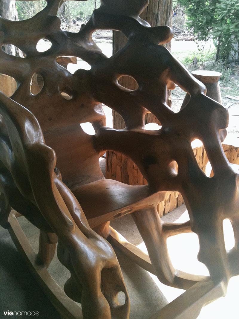 Artisans du bois à Den Chai