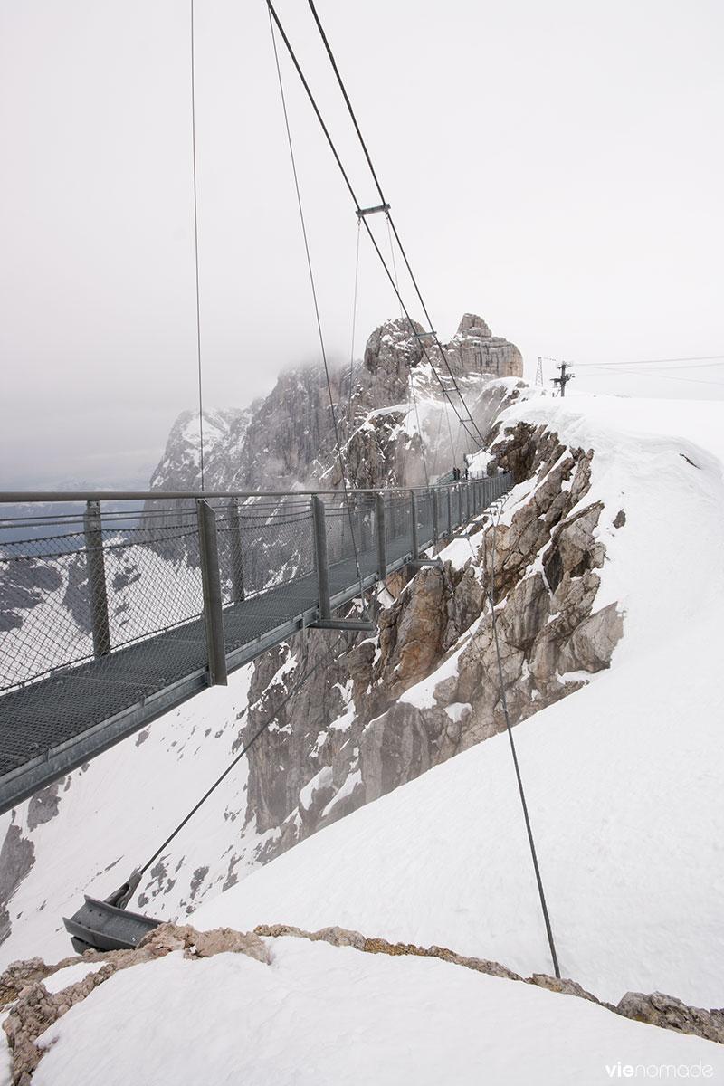 Pont suspendu sur le glacier du Dachstein