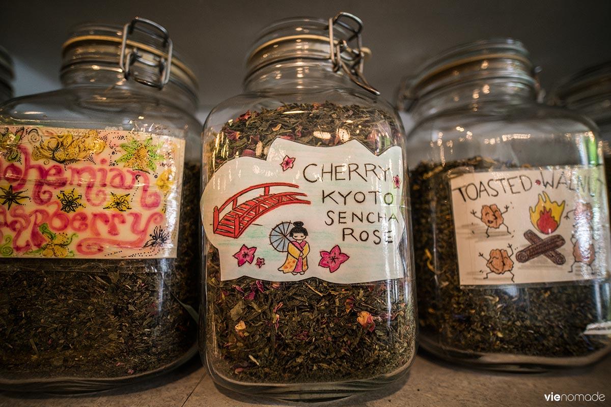 Boire un thé à Ottawa au Tea Store