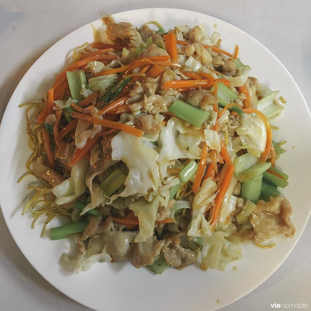 Chow mein aux roulottes de Papeete